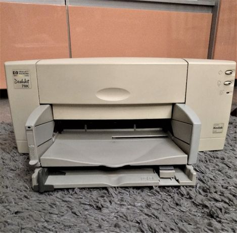 Принтер DJ 710 фирмы HP 710С