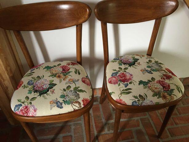 krzesła gięte , PRL    2 sztuki  -  po renowacji