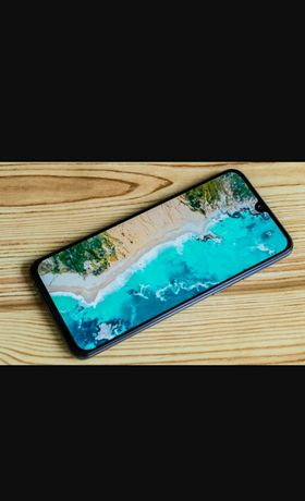Samsung a 40 смартфон