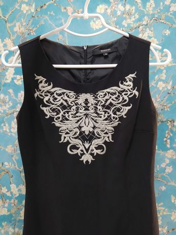 Чёрное платье Reserved