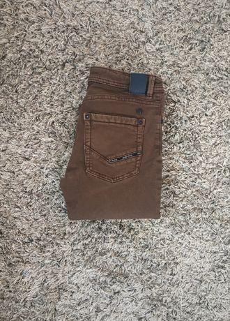 Spodnie brąz 140