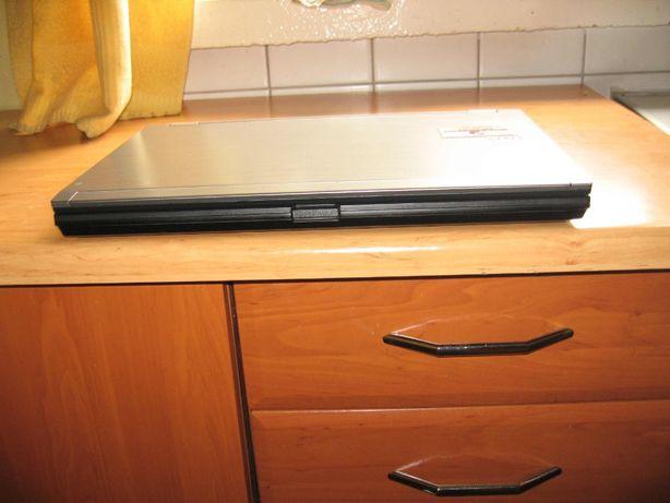 laptop del nowy intel I5 15.6 cala led fhd prezent gwarancja