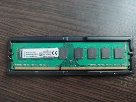 Оперативная память Kingston DDR3 16GB 1600MHz AMD