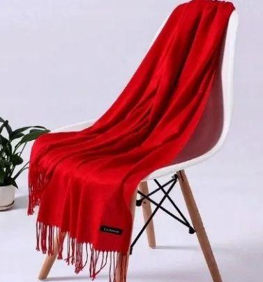 Szalik czerwony czarny kaszmirowy Cashmere kurtka płaszcz NOWY ideał