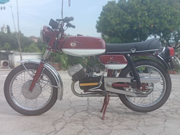 Motorizada EFS Spor 220 M Recor
