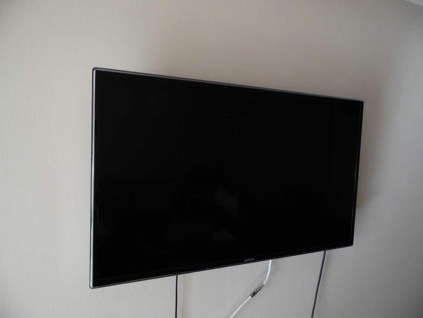 Telewizor SAMSUNG 40F6340 - 40 calowy