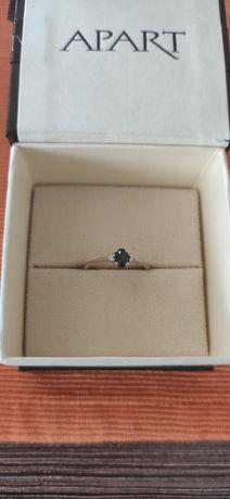 Pierścionek zaręczynowy Apart, białe złoto, szafir, brylanty, roz. 10