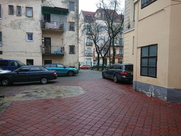 Оренда приміщення на початку вул.Зелена