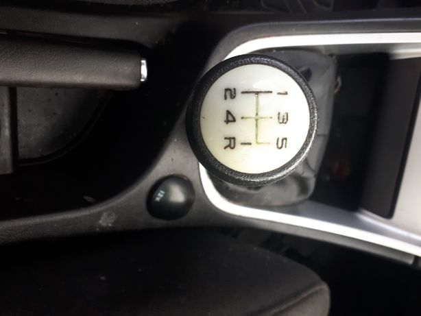 Wybierak skrzyni biegów Peugeot 307 1.6 hdi