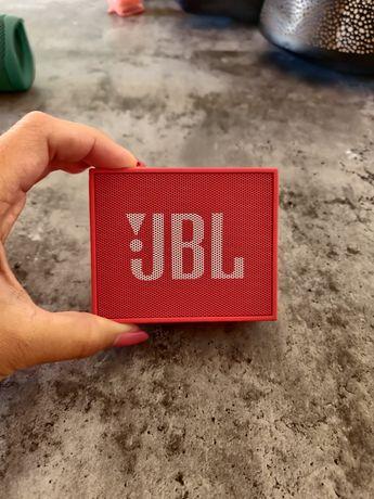 Coluna portátil JBL Go