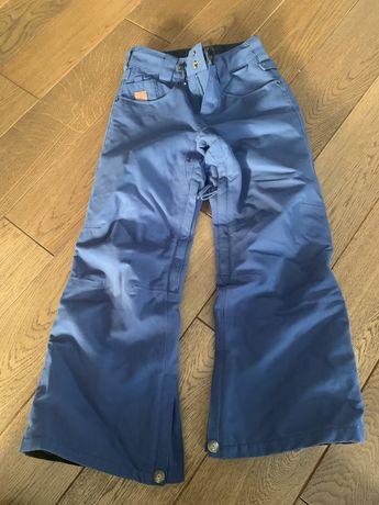 Spodnie zimowe/narciarskie DC chlopięce (10 lat)