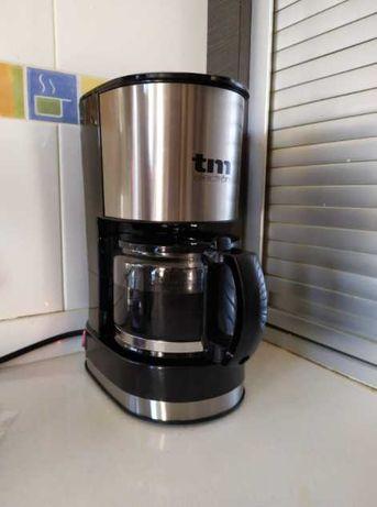 Cafeteira Elétrica com sistema de gota (nova)