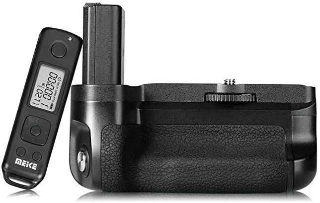 Sony A6500 Battery Pack Grip Meike Grip MK