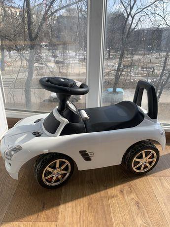 Детская каталка-толокар Bambi Mercedes M 3818