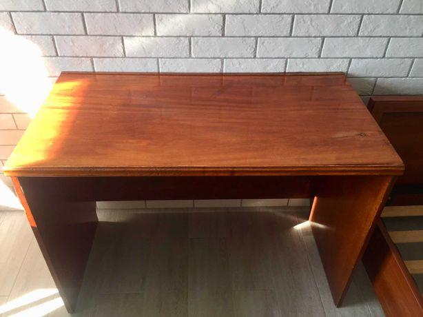 Продам письмовий стіл