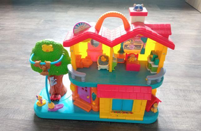 Interaktywny domek do zabawy