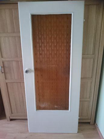 Drzwi wewnętrzne używane.