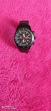 Продам часы Ферари