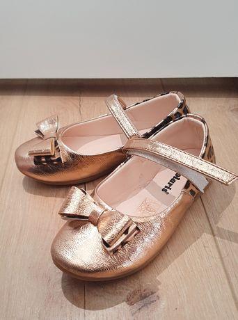 Золотые туфли фирмы Polaris 27 размер новые Турция