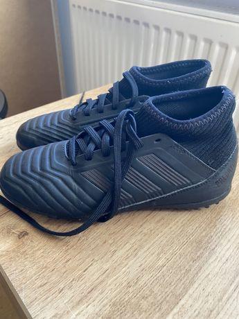 Buty adidas Predator roz.33 do Piłki nożnej