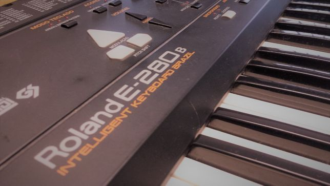 Brazil - Roland e280-B - teclado jóia!