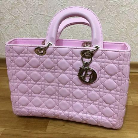 Большая розовая сумка Диор