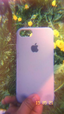 Продаю чехол iPhone 8