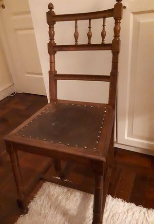Cadeira estilo renascentista-Renascença- madeira -Vintage, anos 30/40