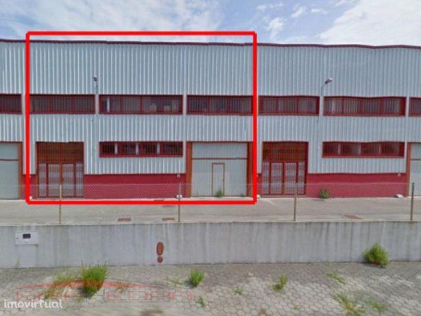 Armazém zona industrial de Albergaria- A- Velha