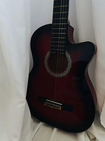 Gitara akustyczna castelo