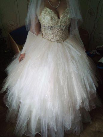 Продам свадебное платье.Состояние очень хорошое.