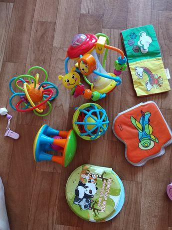 Іграшки ,грузинці , погремушки брязкальця, погремушка hola toys