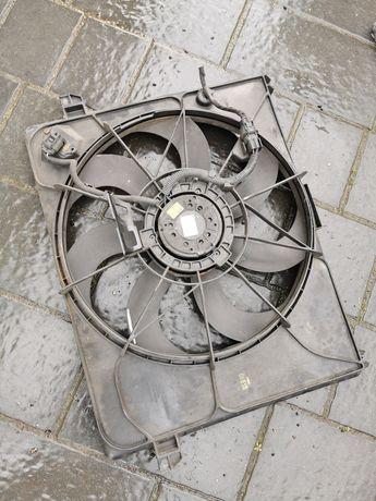 Kia carens III wentylator chłodnic 2.0 crdi