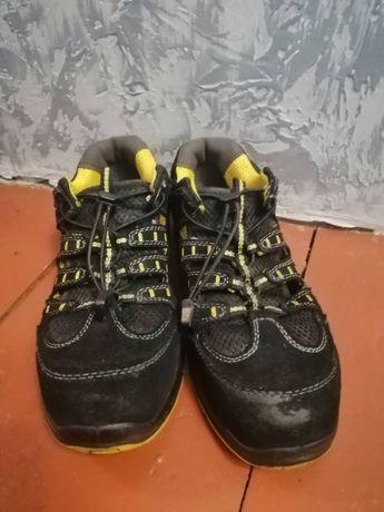 Робочі кросовки Bennon 39р