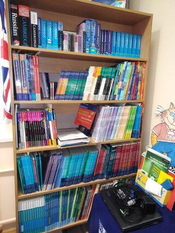 Стеллажи двухсторонние книжные или для папок