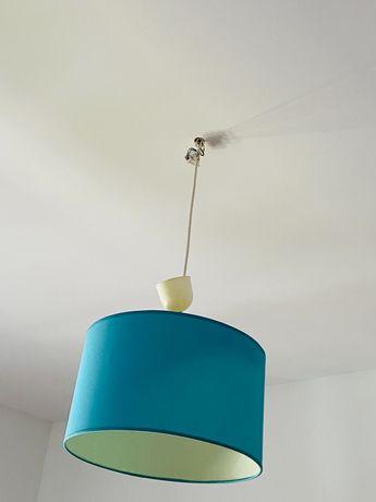 Candeeiro de quarto azul