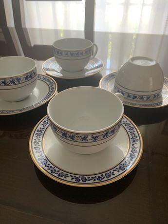 Serviço de Chá em Porcelna