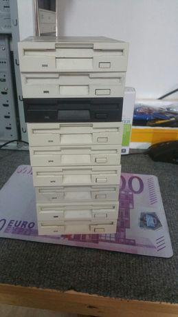 Drive's de disquettes.