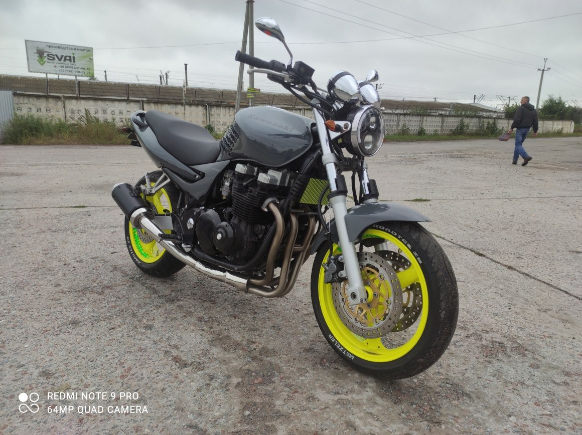 Kawasaki ZR 7 (750cc) Срочно