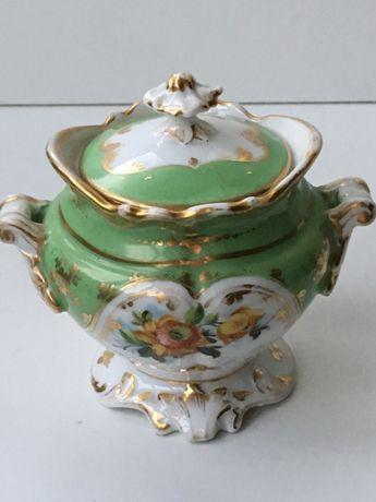 Pote em porcelana , Old Paris, Sec. XVIII-XIX