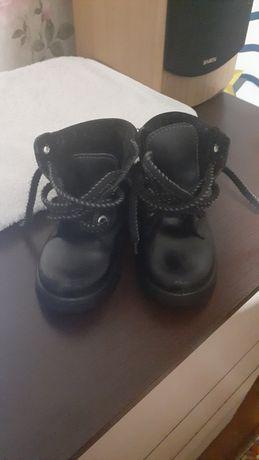 Продам ботинки в идеальном состоянии