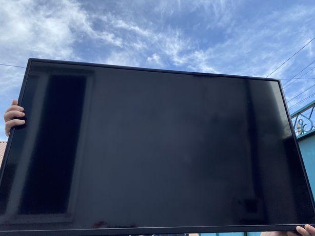 Телевизор Bravis (сломанный экран)