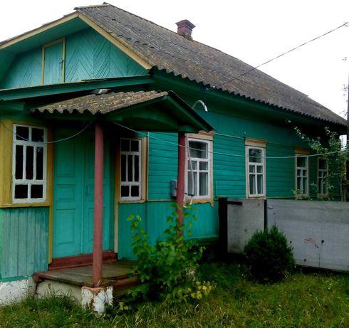Продається будинок у центр с.Семенівка Менського р-н Чернігівської обл