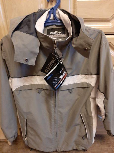 Водоотталкивающая куртка на мальчика 10-12 лет