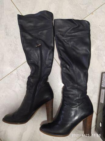 Шкіряні ботфорди 39р чоботи