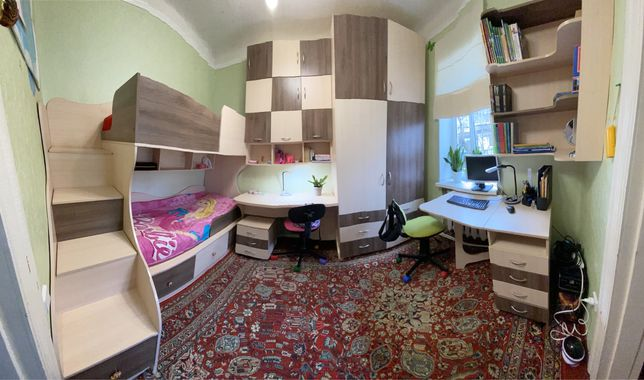 Мебель в детскую, двухъярусная кровать, стол, полки, шкаф