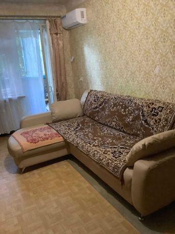 Сдам 1 комн в ЦЕНТРЕ по Первомайской . Мебель . Техника. 4000 + ком