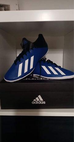 Nowe halówki Adidas