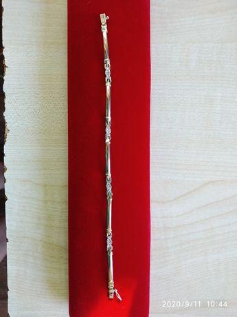 Браслет 585 пробы белое золото с бриллиантами.