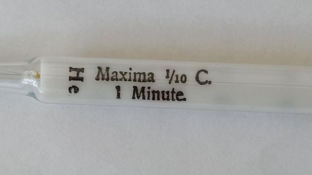 Stary termometr tradycyjny He (nie Hg) do pomiaru temperatury ciała